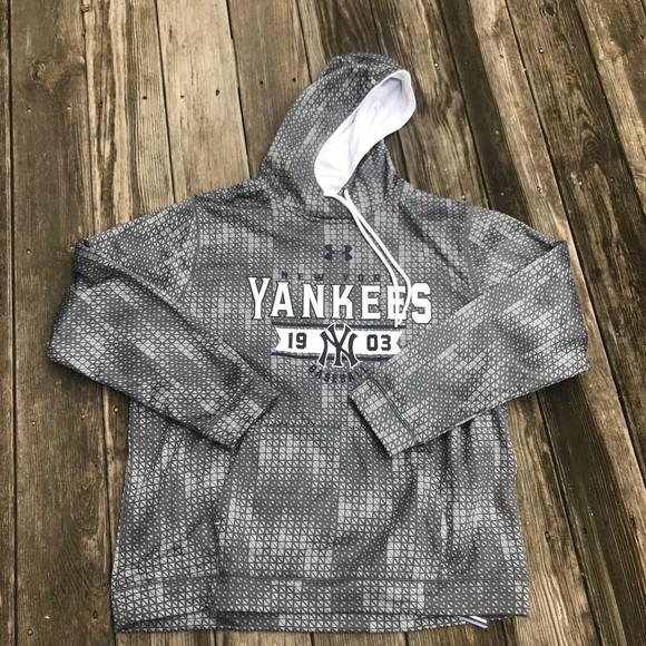 online store 0cdbd da1c2 NWT Mens Under Armour MLB NY Yankees Hoodie 2XL NWT